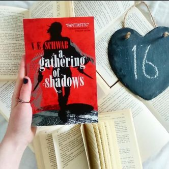 A gethering of Shadows (16)