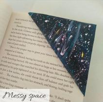 bookmark - messy space