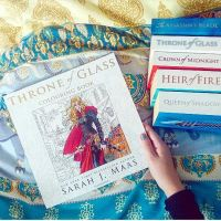 throne-of-glass-colouring-book